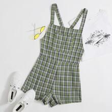 Overall Shorts mit Kreuzgurt hinten, Taschen vorn und Karo Muster