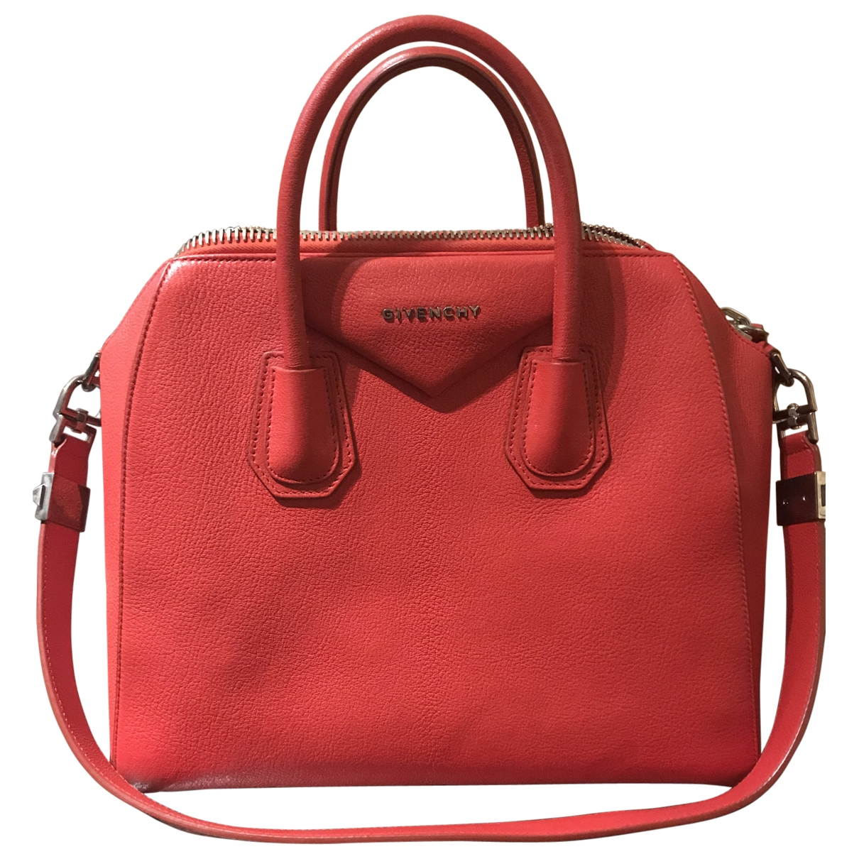 Givenchy Antigona Red Leather handbag for Women \N