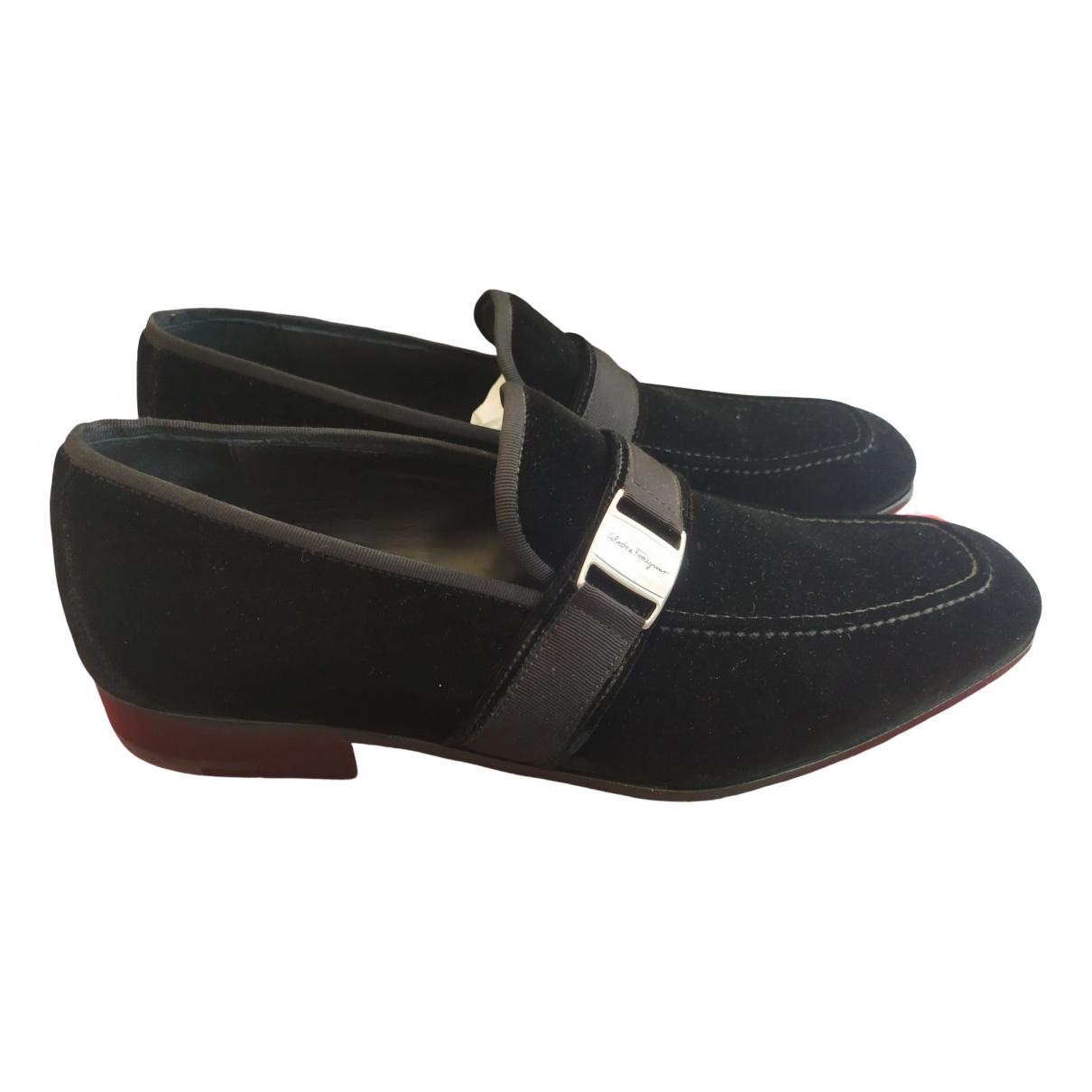 Salvatore Ferragamo \N Black Velvet Flats for Men 8 UK