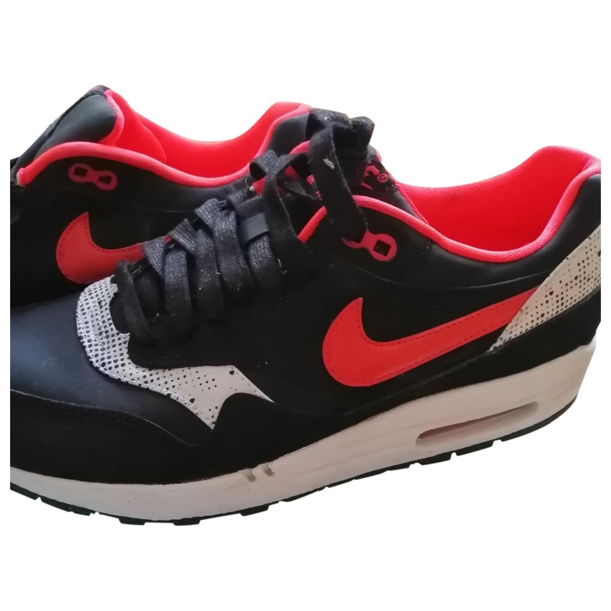 Nike Air Max 1 Sneakers in  Schwarz Leder