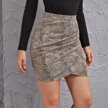 Falda con estampado de piel de serpiente con diseño cruzado
