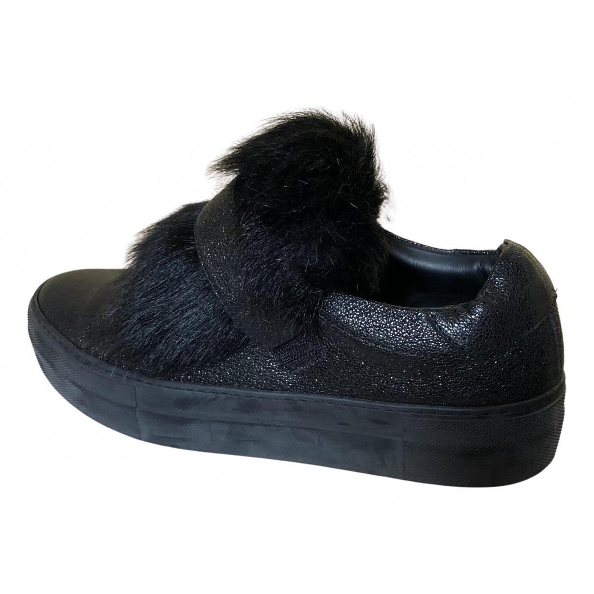 Moncler \N Sneakers in  Schwarz Leder