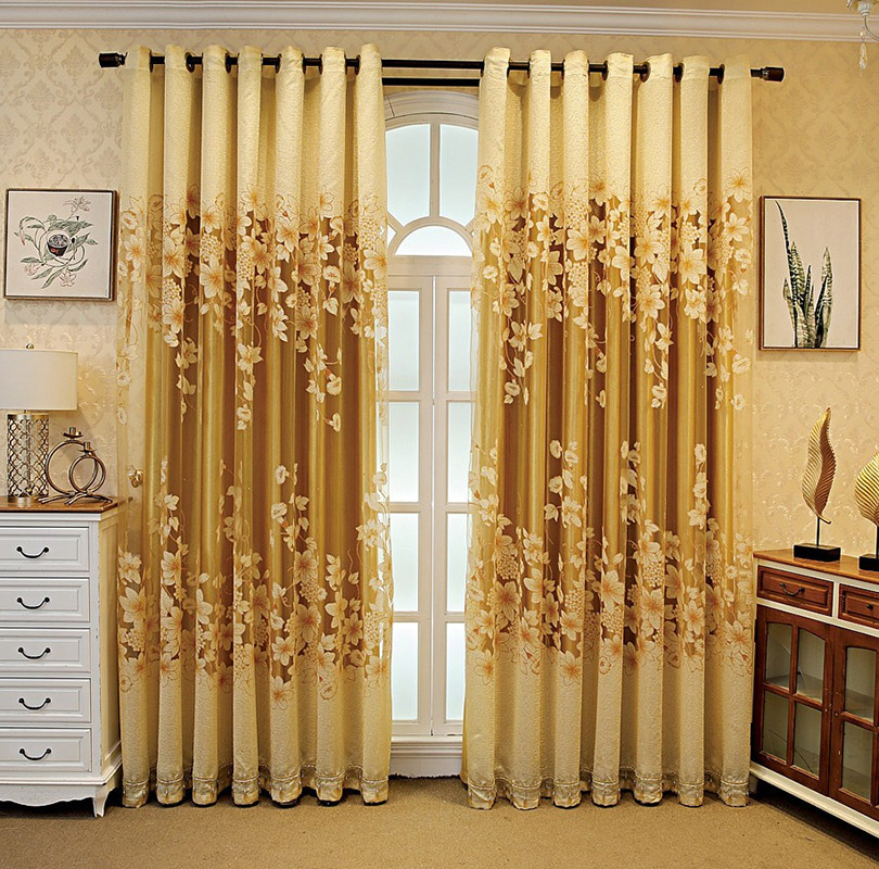 European Ventilate Living Room Blackout Curtains 260g/m² Polyester 80% Shading Rate and UV Rays Environment-Friendly and Pollution-Free Material No Pi