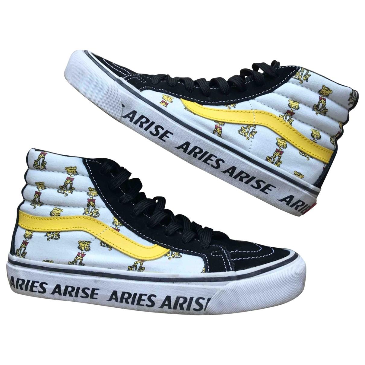 Vans \N Sneakers in  Schwarz Leder