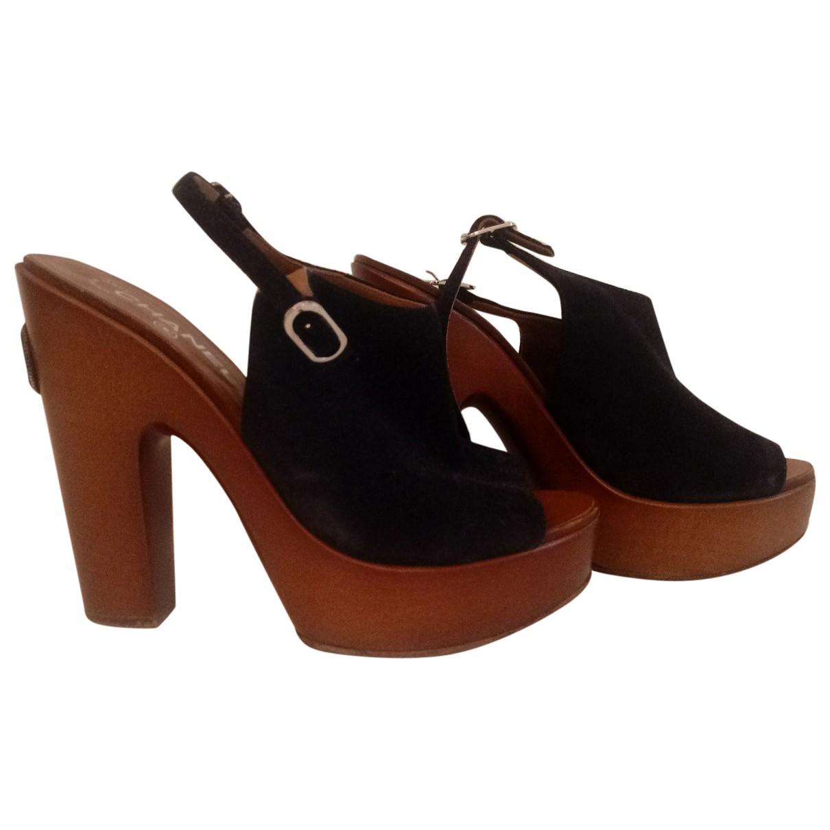 Chanel \N Blue Leather Heels for Women 38 IT