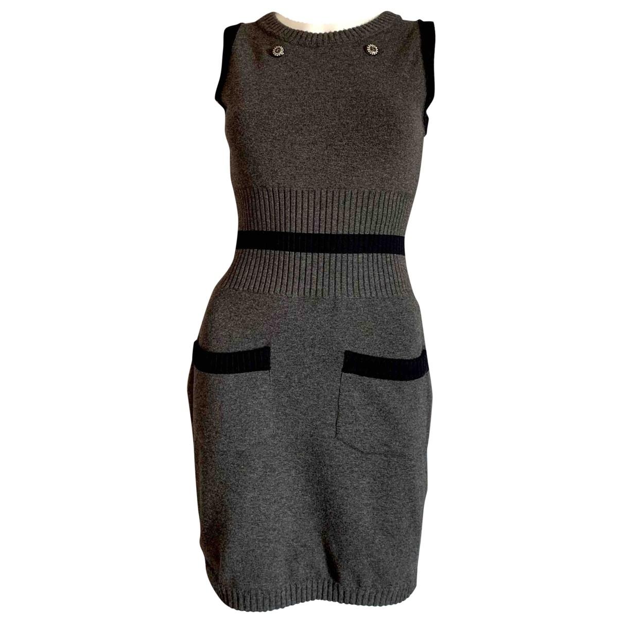 Chanel \N Kleid in  Grau Wolle