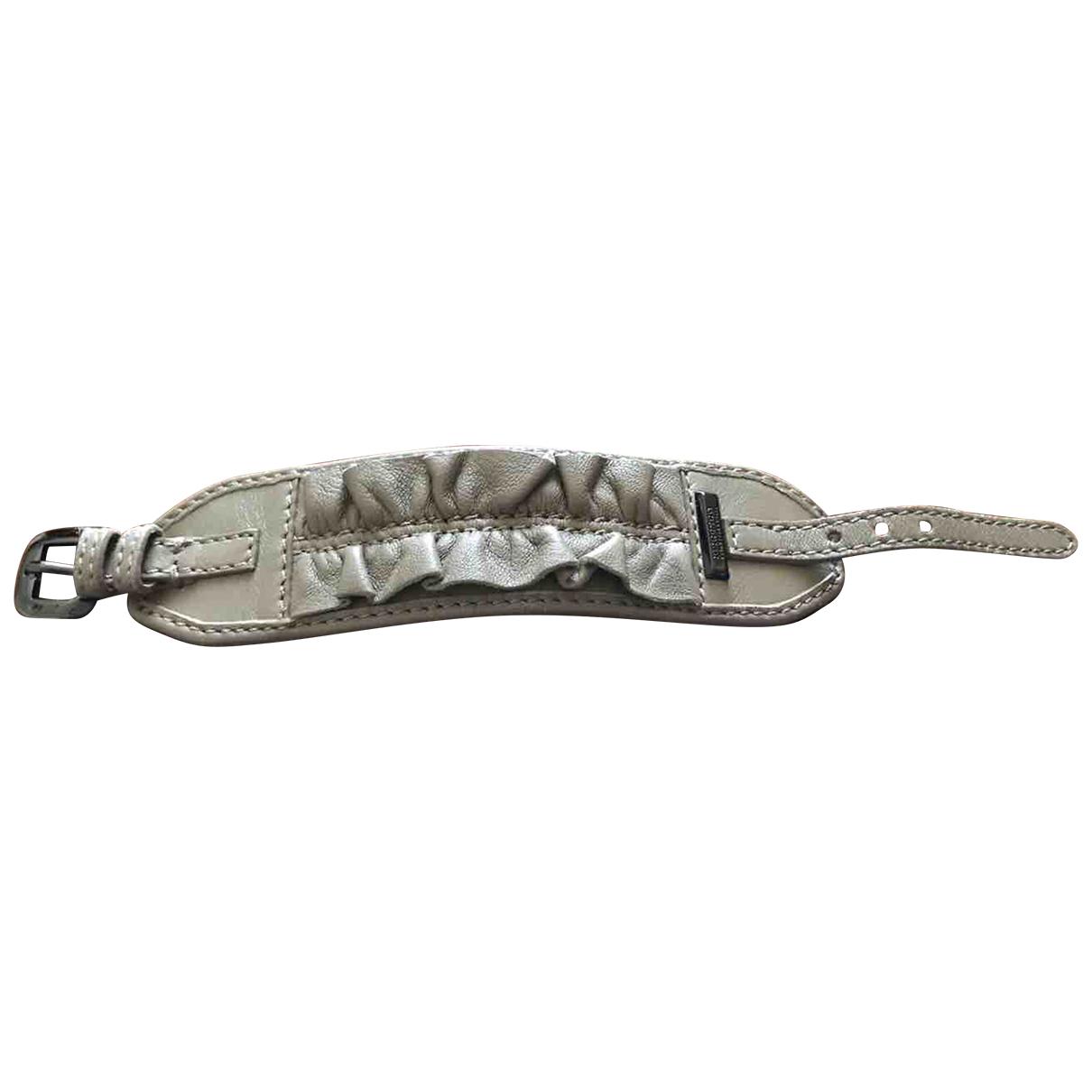 Burberry \N Armband in  Ecru Leder