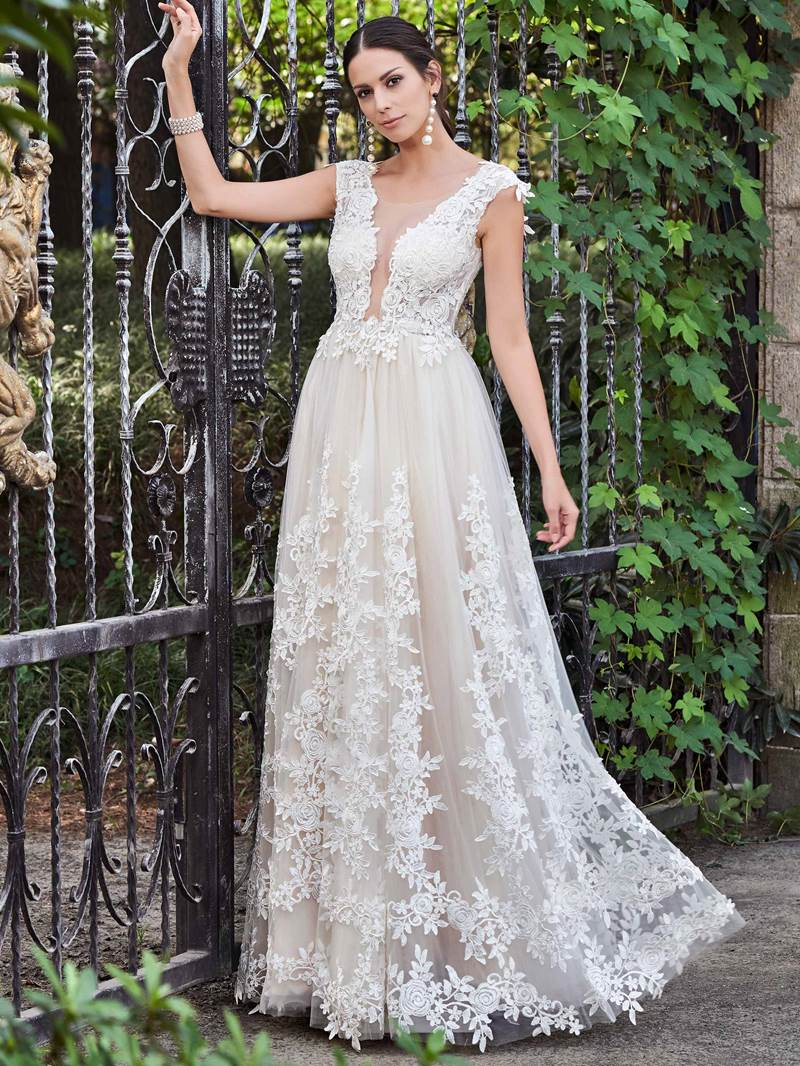 Ericdress Sheer Neck Appliques Outdoor Wedding Dress
