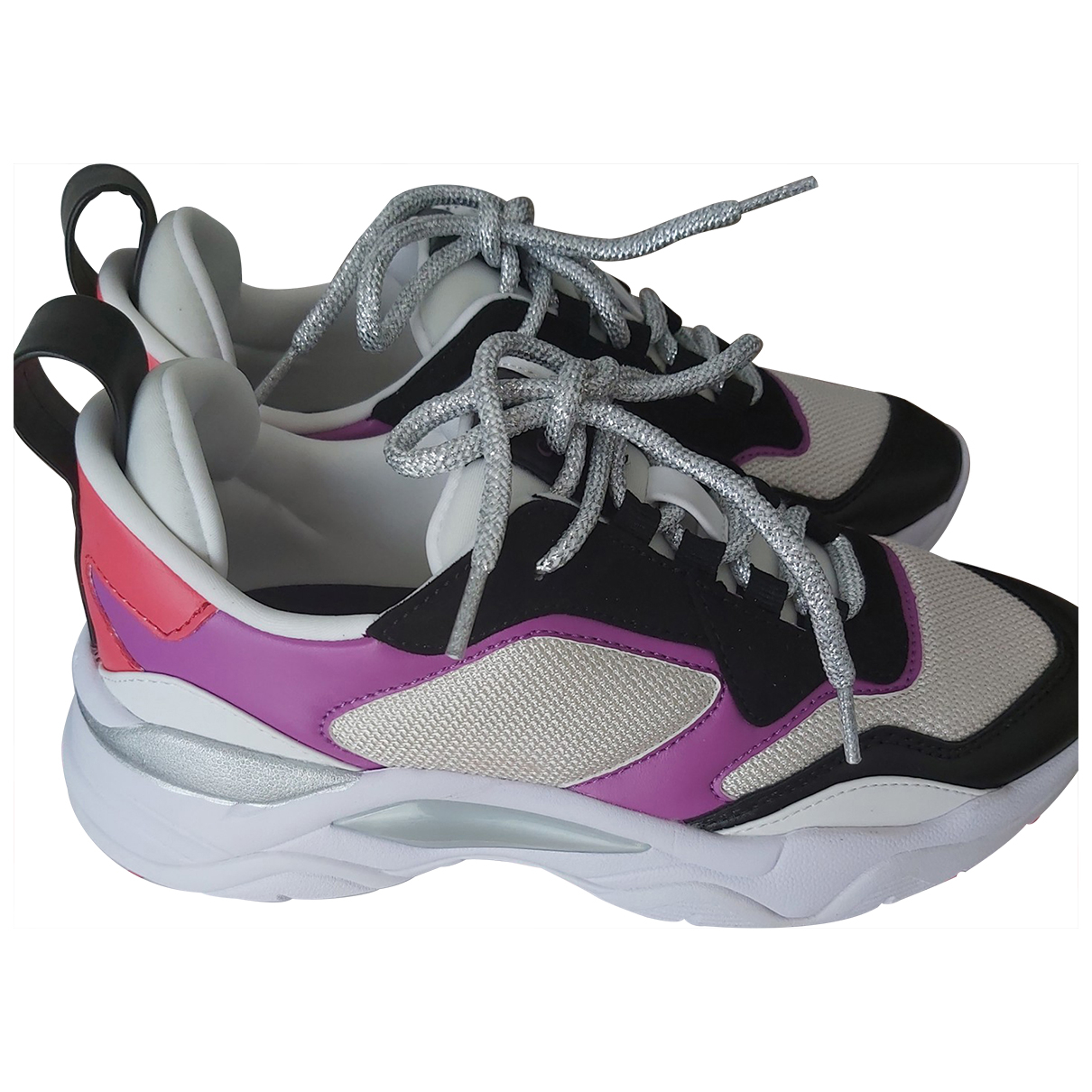 Guess \N Sneakers in  Schwarz Leder
