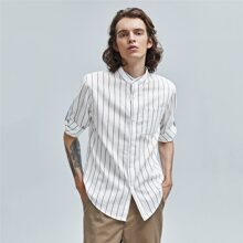 Men Pocket Patched Roll Up Sleeve Striped Shirt