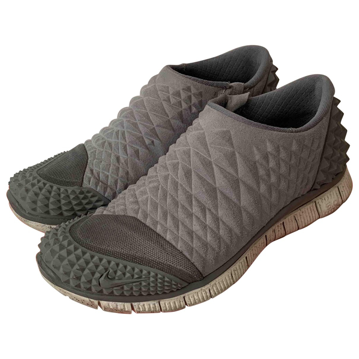 Nike Free Run Sneakers in  Grau Leinen