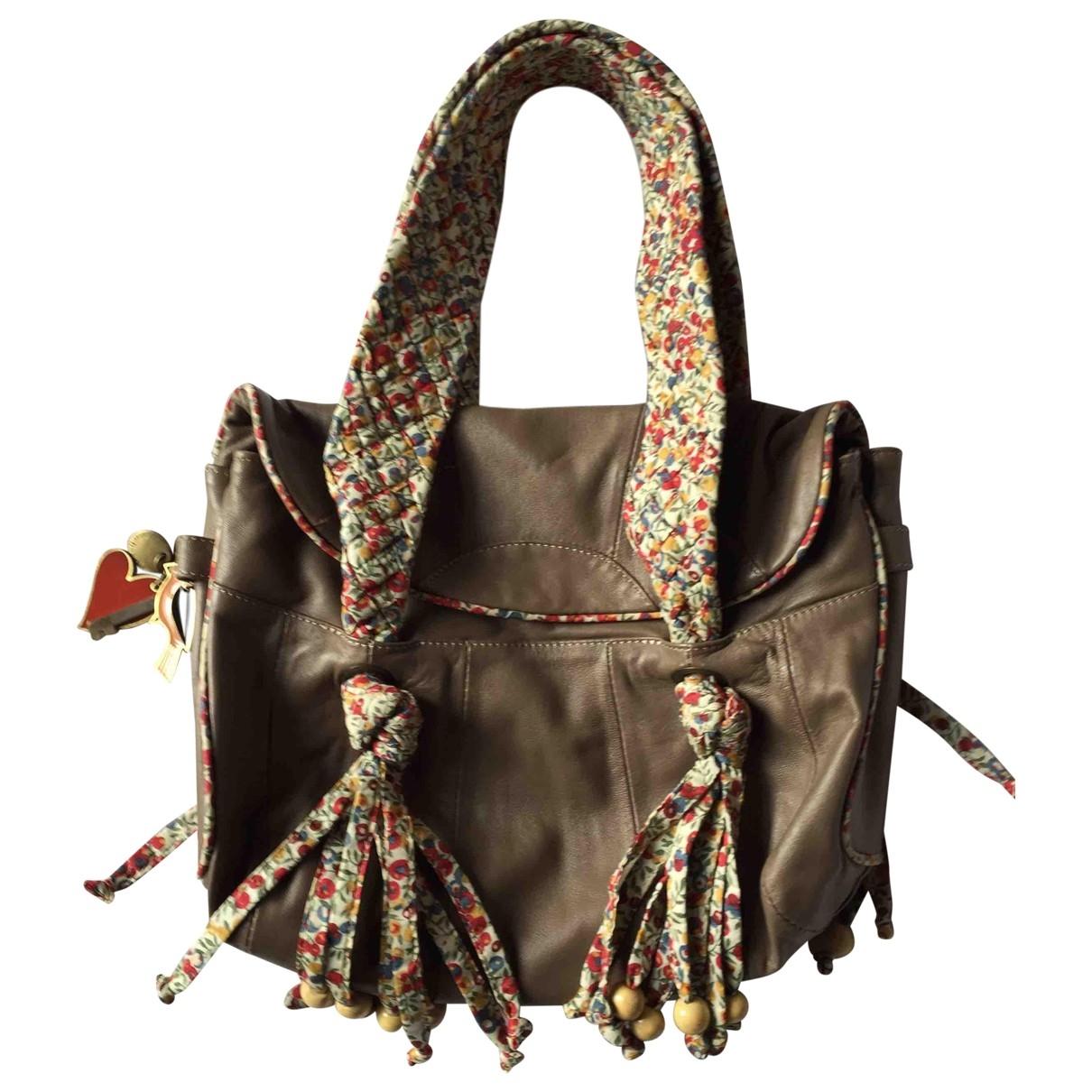 Cacharel \N Khaki Leather handbag for Women \N