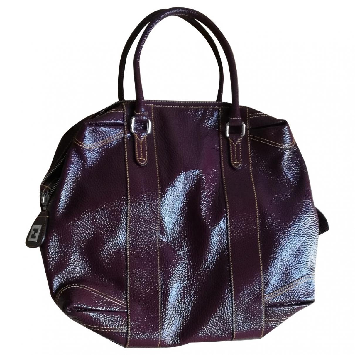 Fendi \N Burgundy Patent leather handbag for Women \N