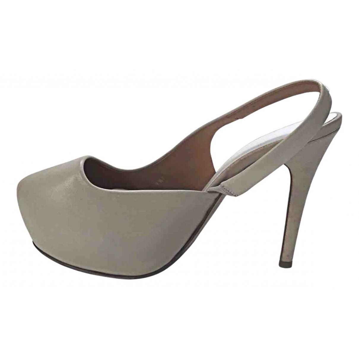 Maison Martin Margiela \N Beige Leather Heels for Women 38.5 IT