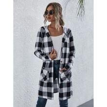Mantel mit Karo Muster, zwei Taschen und Kapuze