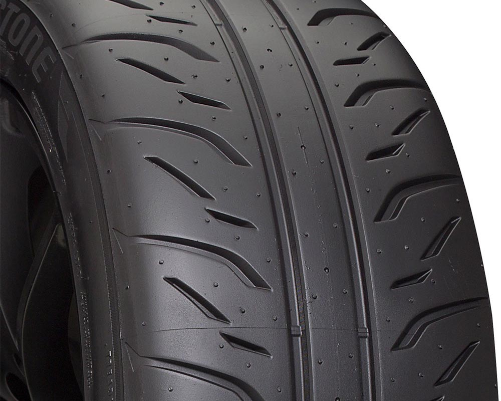 Bridgestone 009759 Potenza RE71R Tire 235/40 R18 95W XL BSW