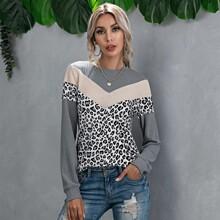 T-Shirt mit Cut And Sew und Chevron & Leopard Muster