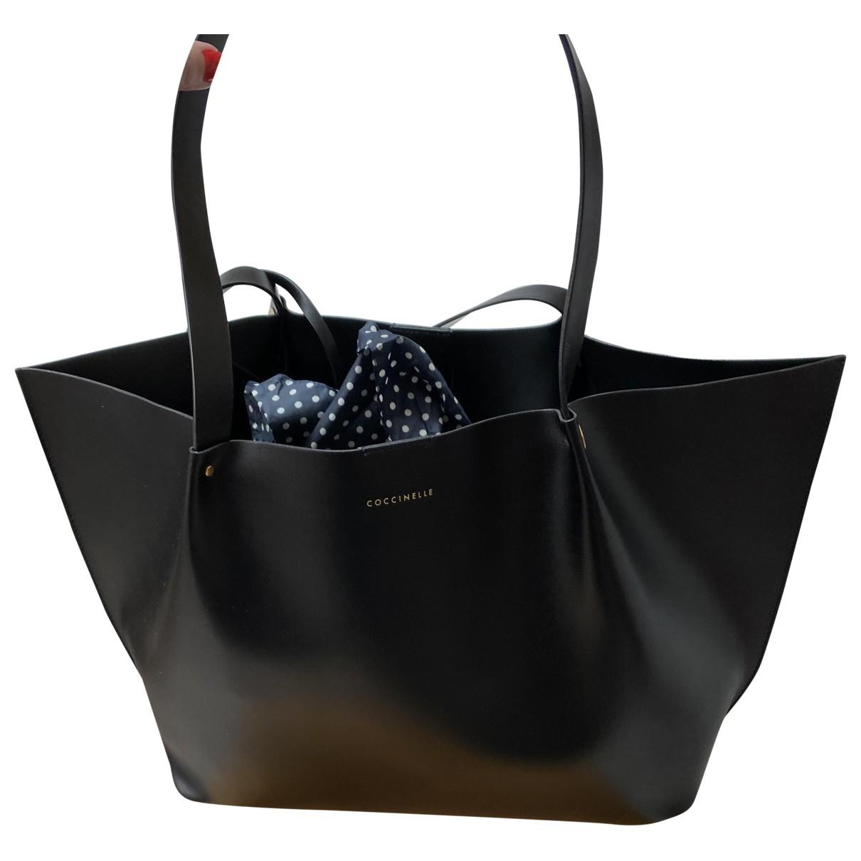 Coccinelle \N Handtasche in  Schwarz Kunststoff