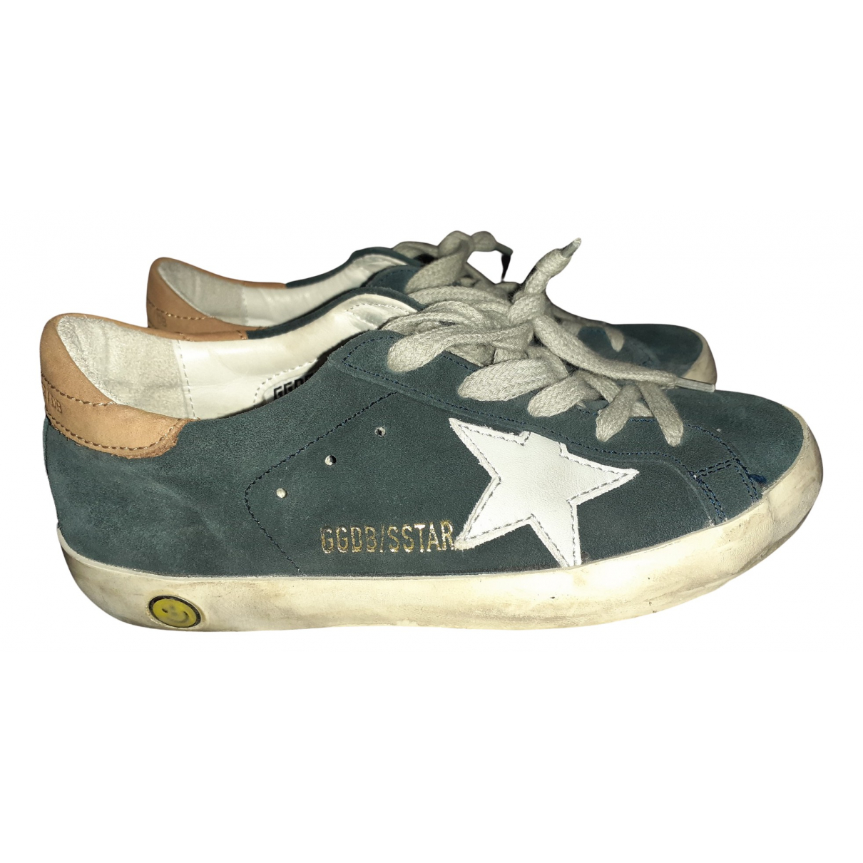 Golden Goose Superstar Sneakers in  Gruen Veloursleder