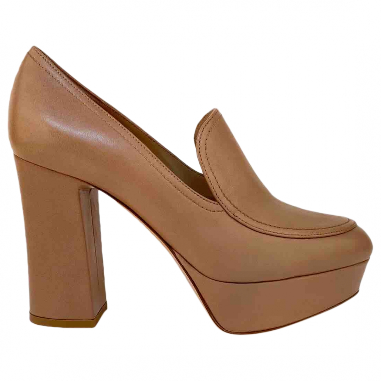 Gianvito Rossi \N Beige Leather Heels for Women 37.5 EU