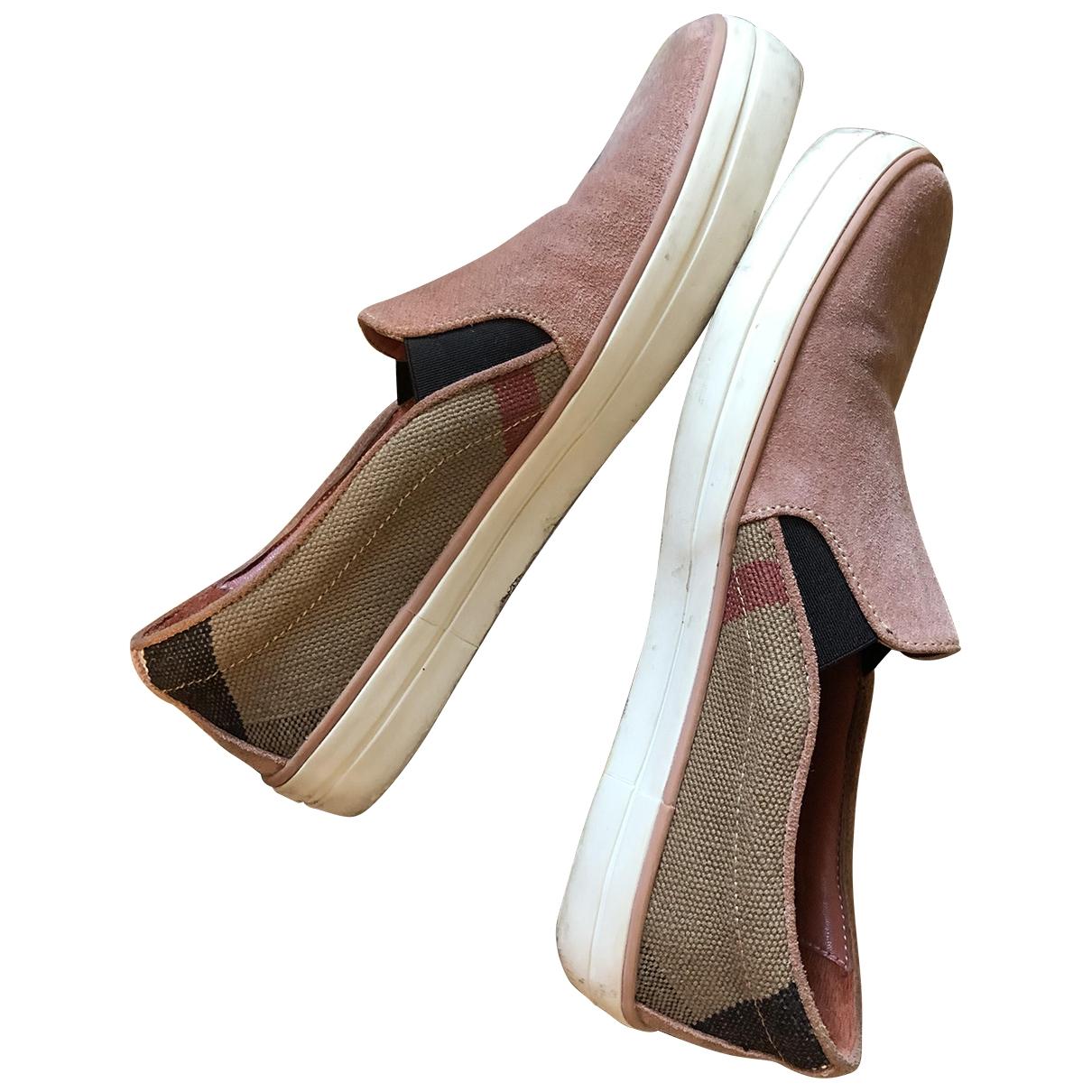 Burberry \N Sneakers in  Rosa Veloursleder