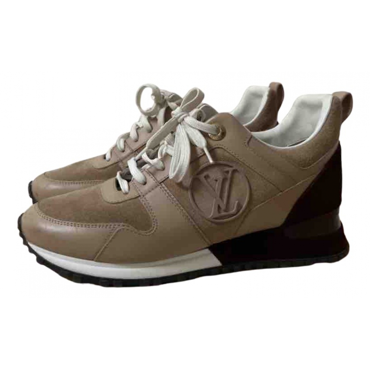Louis Vuitton Run Away Sneakers in  Beige Leder