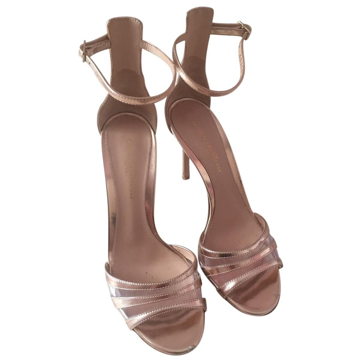 Gianvito Rossi \N Metallic Leather Sandals for Women 36.5 EU