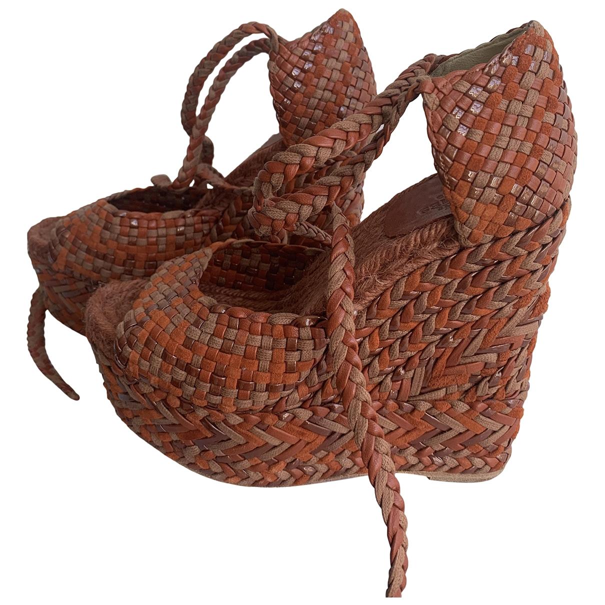 Hermès \N Orange Leather Sandals for Women 36 EU