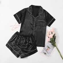 Satin Schlafanzug Set mit Kontrast Bindung und Band vorn