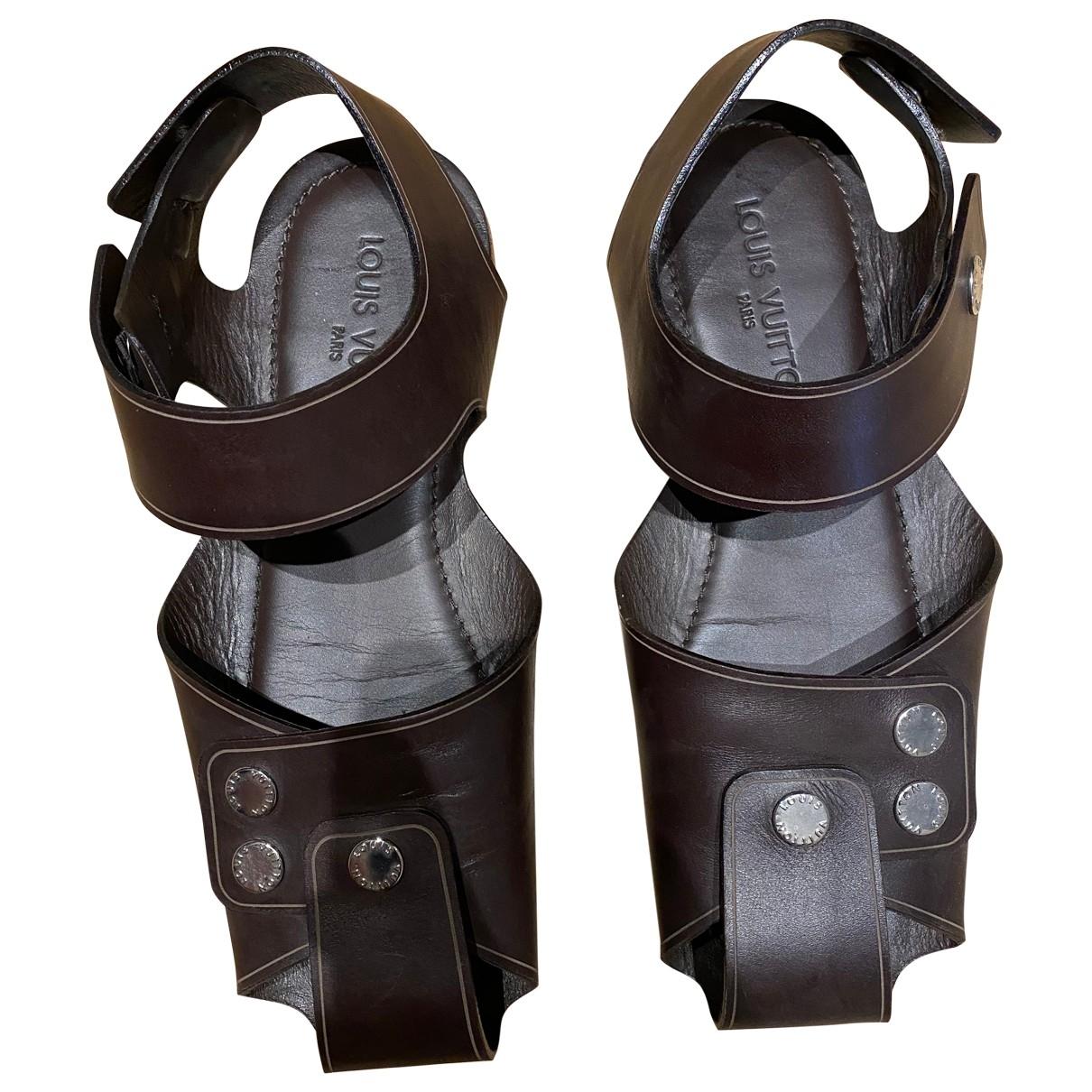 Louis Vuitton - Sandales   pour homme en cuir - marron