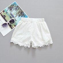 Kleinkind Maedchen Shorts mit Ose Stickereien und Bogenkante