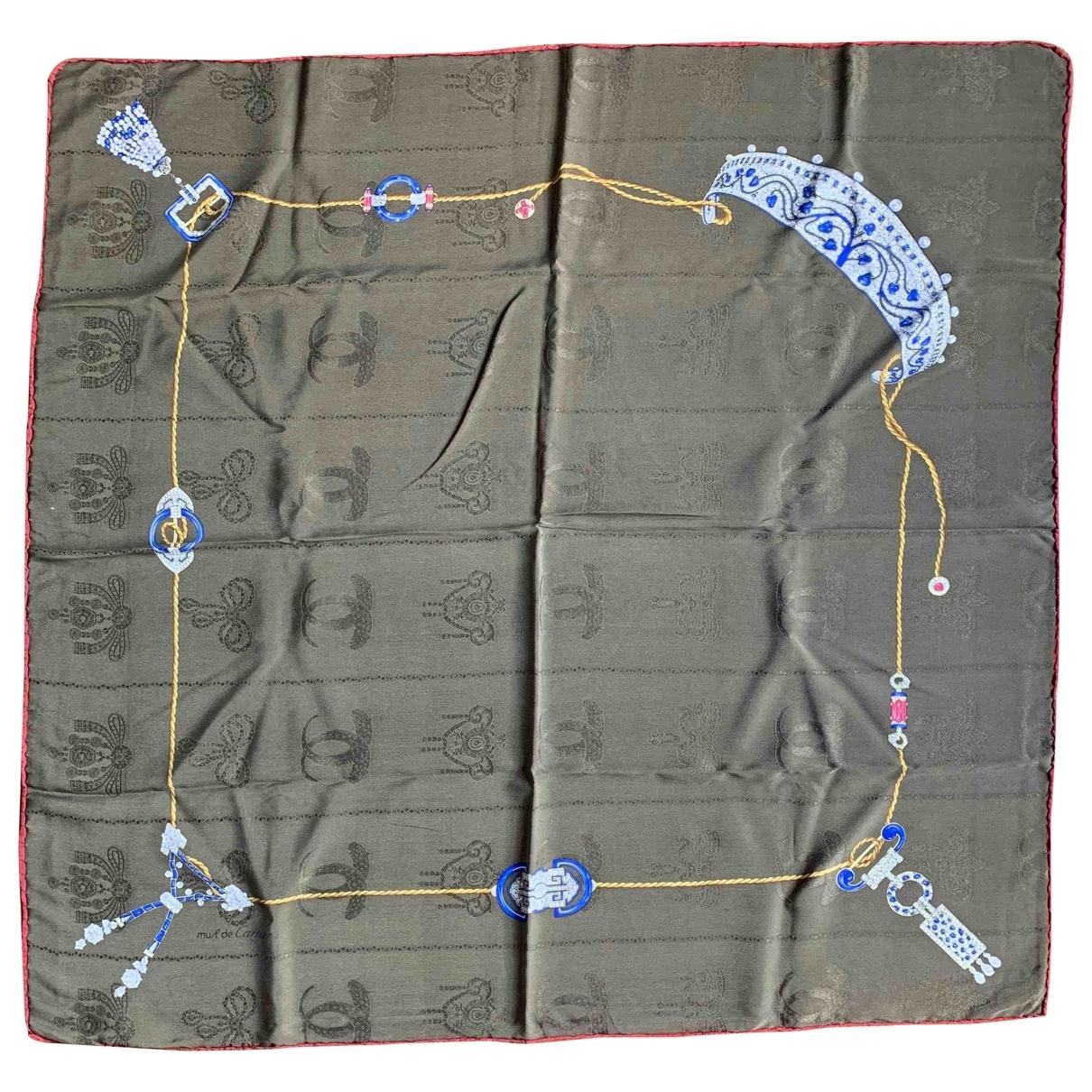 Cartier \N Khaki Silk scarf for Women \N