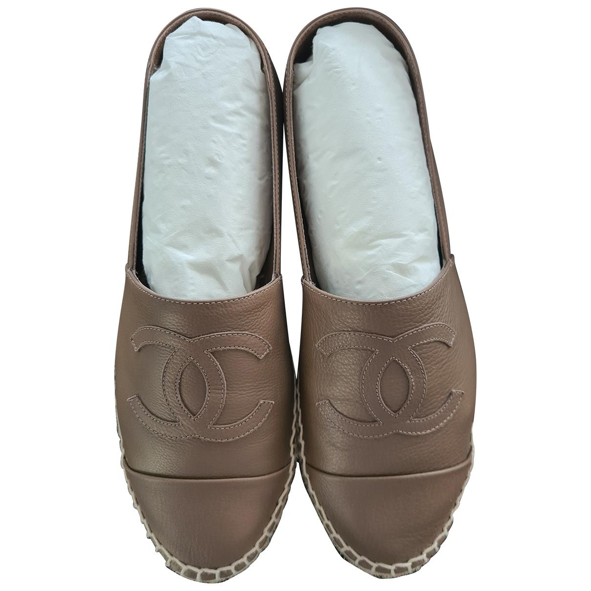 Chanel - Espadrilles   pour femme en cuir - kaki