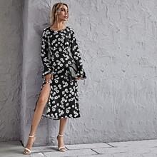 Kleid mit Schosschenaermeln, Schlitz am Saum und Blumen Muster