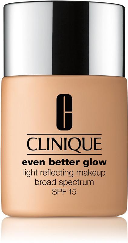 Even Better Glow Light Reflecting Makeup Broad Spectrum SPF 15 - CN 58 Honey (moderately fair, cool-neutral undertones)