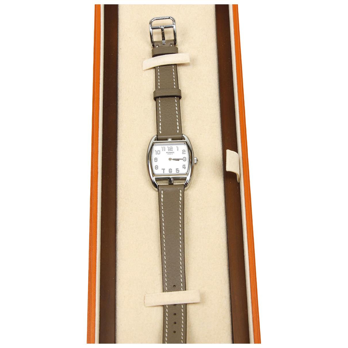 Hermes Cape Cod Tonneau Uhr in  Beige Stahl