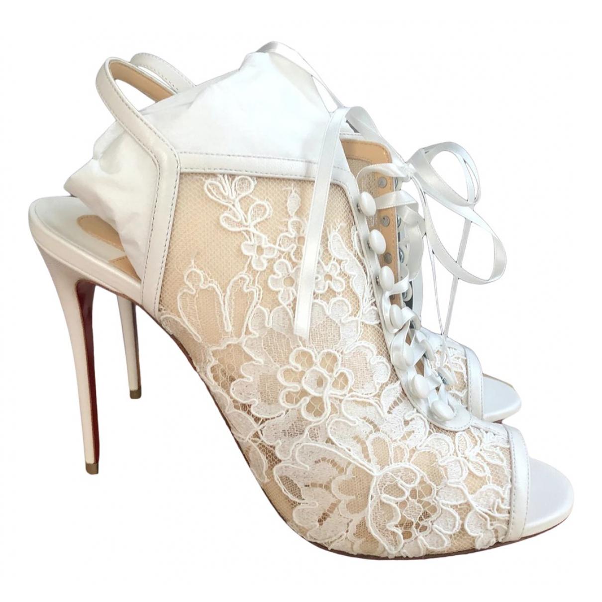 Christian Louboutin N White Cloth Heels for Women 39 EU