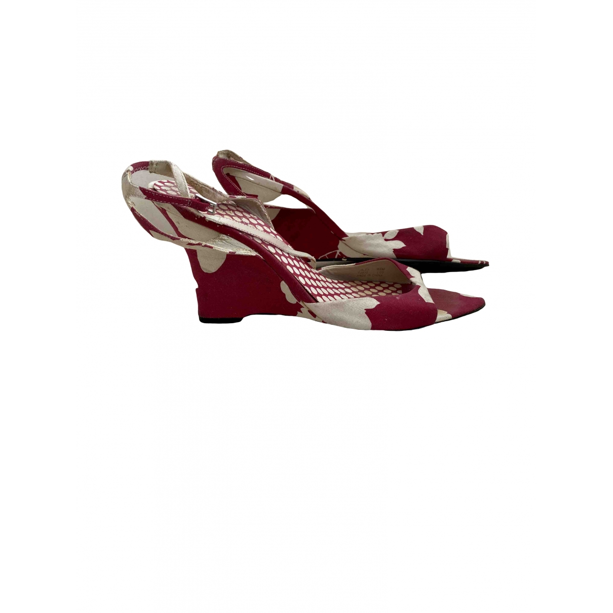 Calvin Klein \N Red Leather Sandals for Women 40 EU