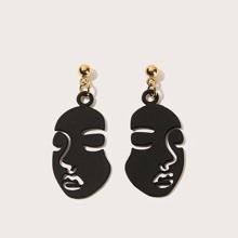 Face Design Drop Earrings 1pair
