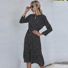 A-Linie Kleid mit Punkten Muster und Rueschenbesatz