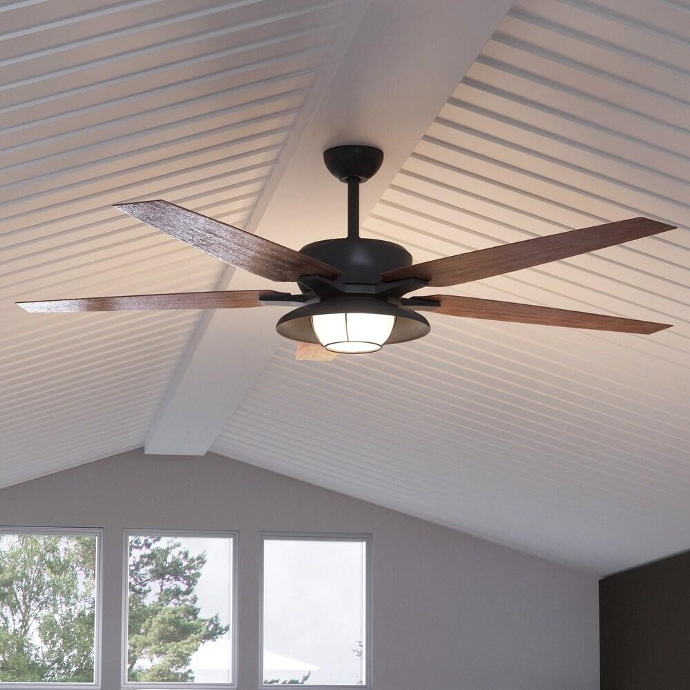 Luxury Traditional Indoor / Outdoor Ceiling Fan, 17.6