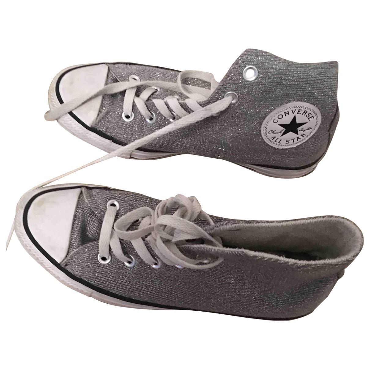 Converse \N Sneakers in  Silber Leinen