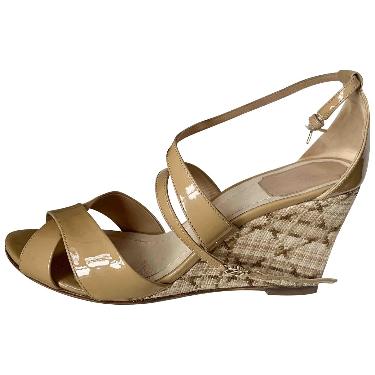 Sandalias romanas de Charol Dior