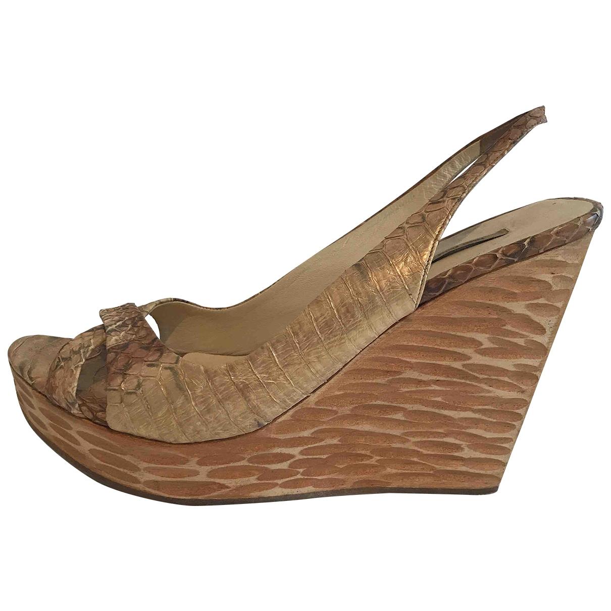 Miu Miu - Sandales   pour femme en cuir exotique - dore