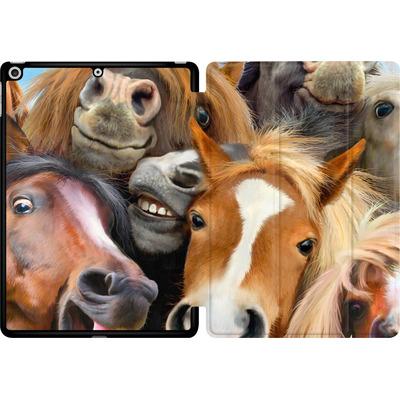 Apple iPad 9.7 (2018) Tablet Smart Case - Horse Selfie von Howard Robinson