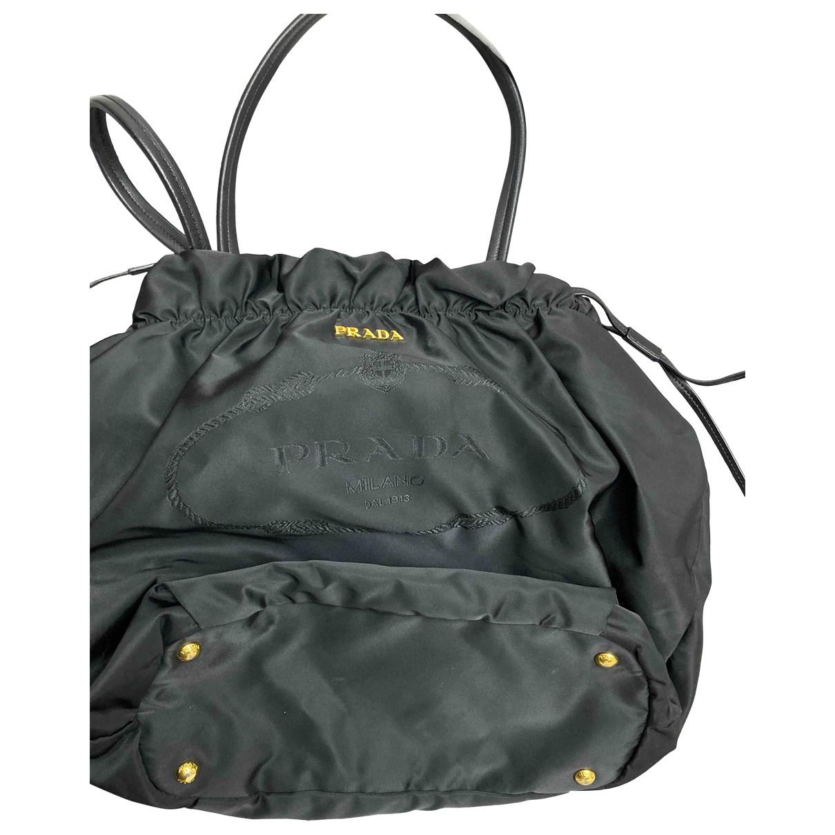 Prada \N Handtasche in  Schwarz Synthetik