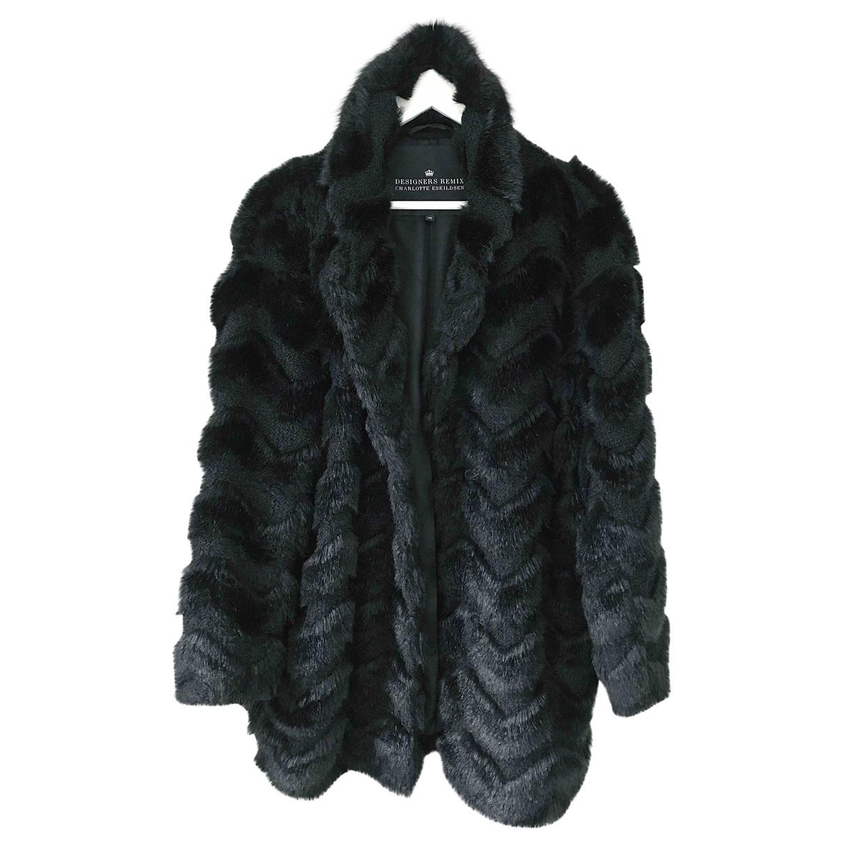 Designers Remix - Manteau   pour femme en fourrure synthetique - noir