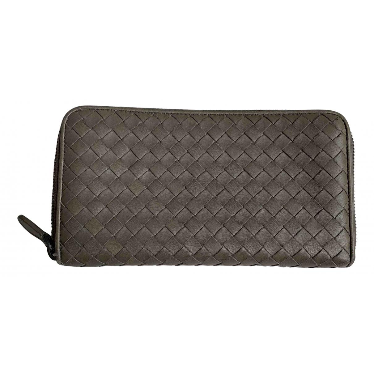 Bottega Veneta - Portefeuille Intrecciato pour femme en cuir - gris