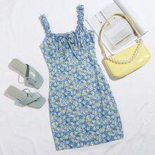 Kleid mit Rueschenbesatz, Knoten vorn, Ruesche und Bluemchen Muster