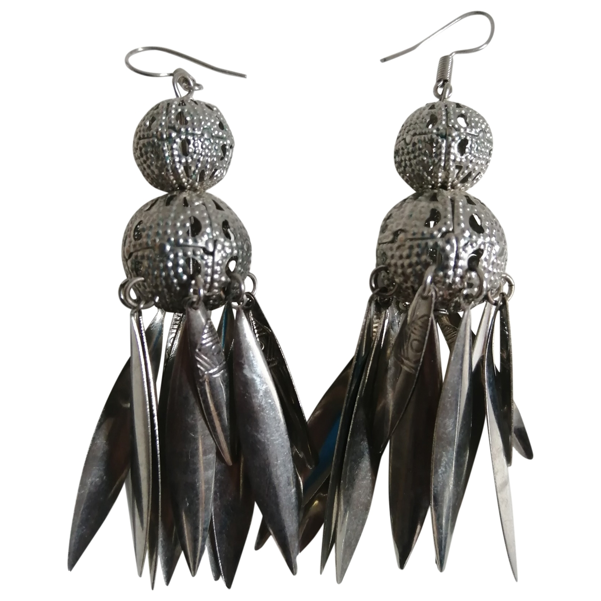 Non Signé / Unsigned Motifs Ethniques Silver Metal Earrings for Women \N